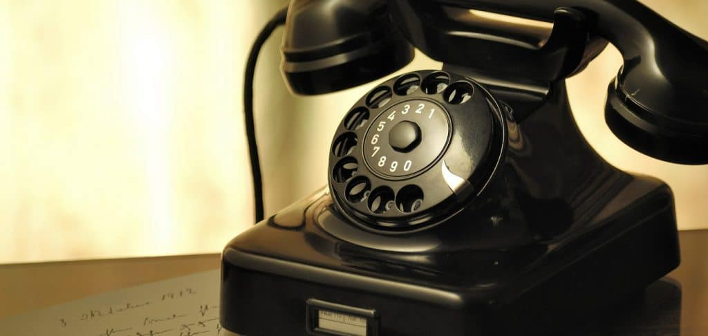 What are the Different Types of VoIP Phones?